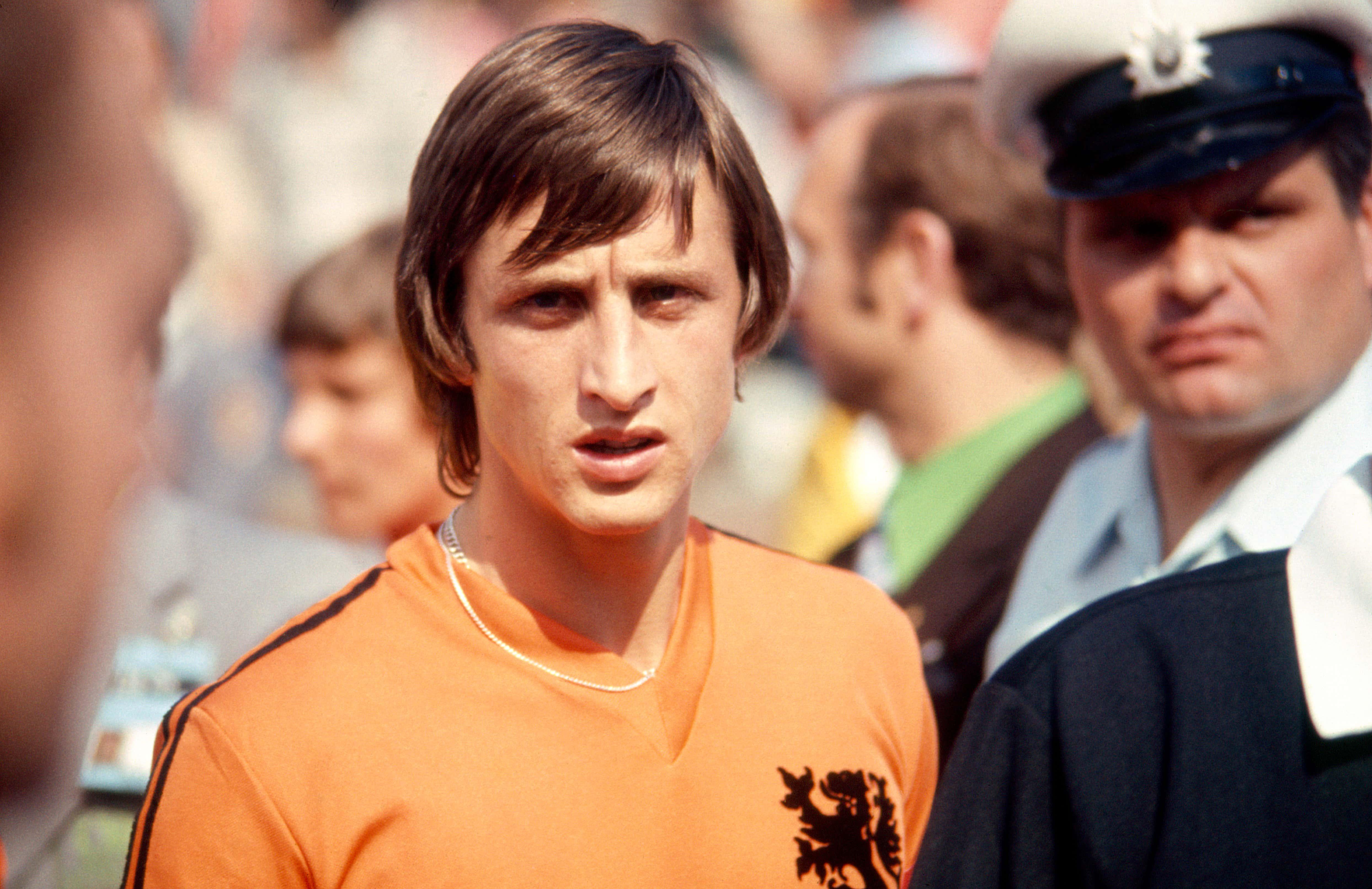 Total Football: Mimpi Sepakbola Murni Sang Legenda Sepakbola Johan Cruyff