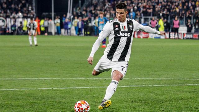 Belajar Shoot Bola Ala Cristiano Ronaldo, Begini Caranya!