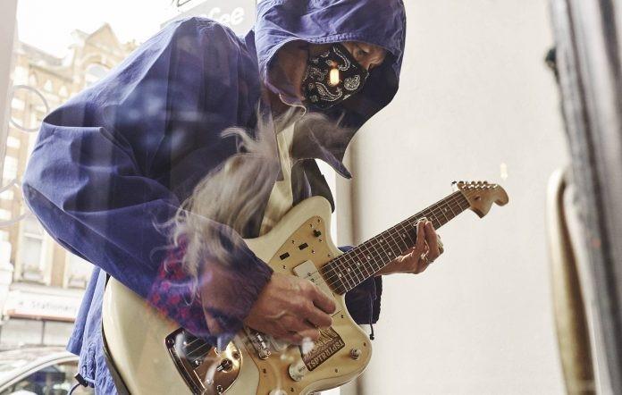 Glok, Proyek Elektronik Mantan Pemain Gitar Oasis
