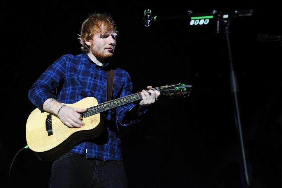 Ed Sheeran Kembali Duduki Peringkat Pertama Chart Inggris Raya