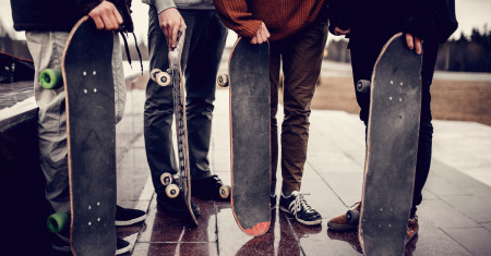 Lo Harus Tau, Ini 5 Material Papan Skate yang Bisa Jadi Opsi Buat Deck Baru Lo!