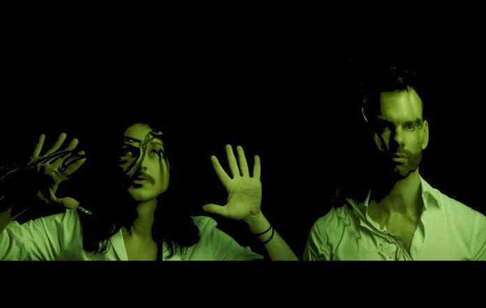 Placebo Rilis Single Baru setelah 5 Tahun Lamanya