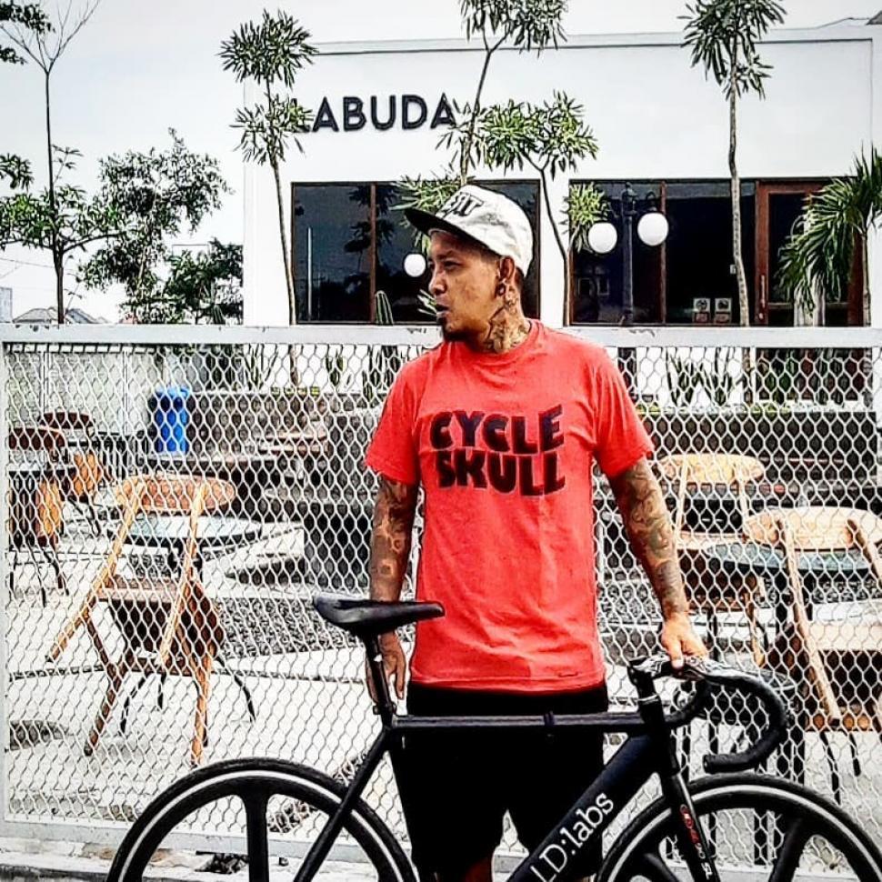 SUPERTAPES: Arief Blingsatan