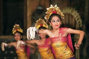 9 Tarian Bali Tradisional Paling Ditunggu Para Petualang