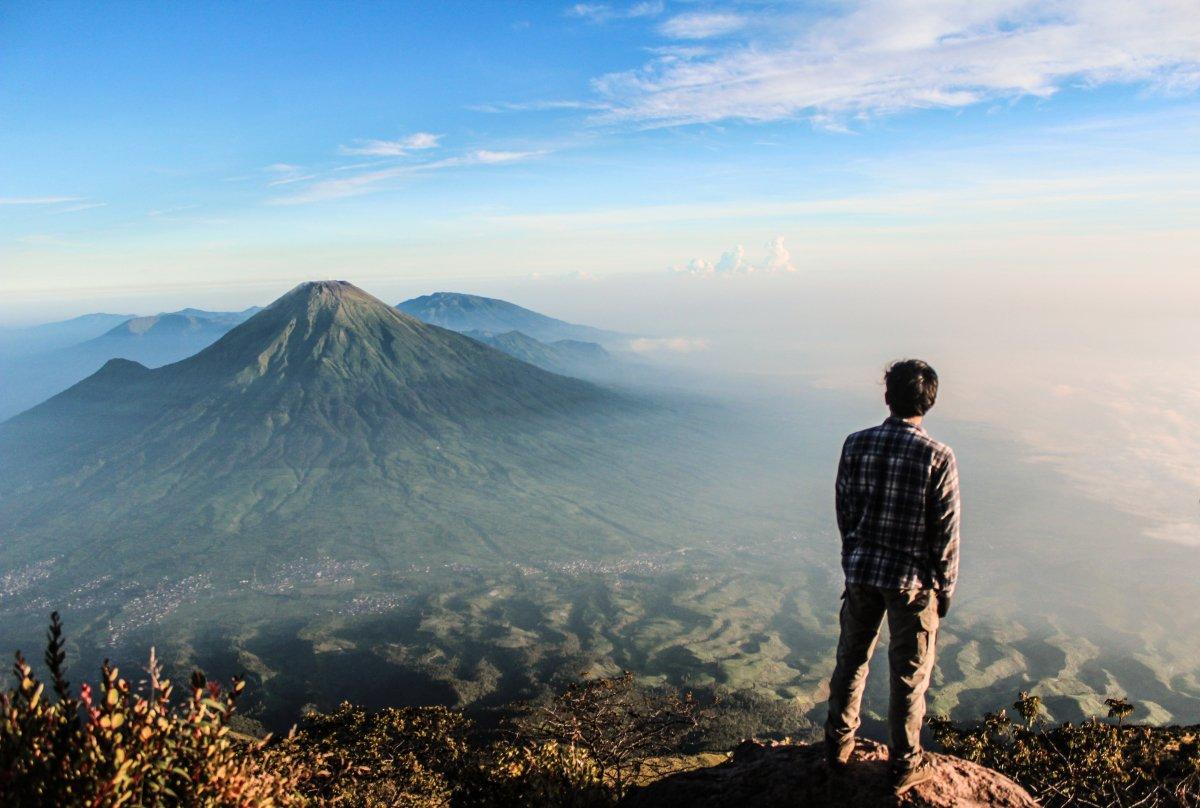 5 Jalur Pendakian Gunung Sumbing, Gunung Tertinggi Kedua di Pulau Jawa Tengah!