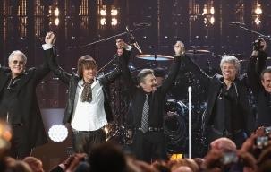 Tonton Penampilan Bon Jovi Formasi Reuni di Panggung Hall of Fame