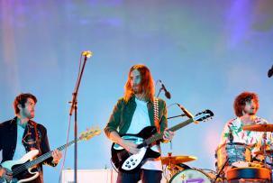 Tame Impala Rayakan 10 Tahun Album Debut Rilis Box Set Spesial