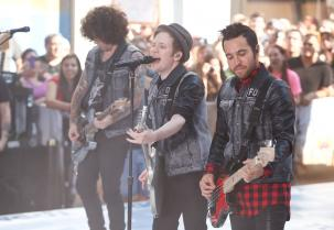 4 Band Rock yang Berhasil Sukses dengan Cover Lagu Populer