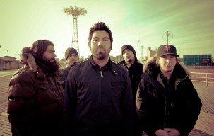 Deftones Tunda Perilisan Album